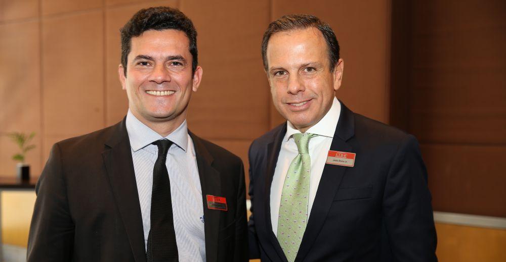 Juiz Moro, que autorizou a condução coercitiva de Lula, e o tucano João Dória